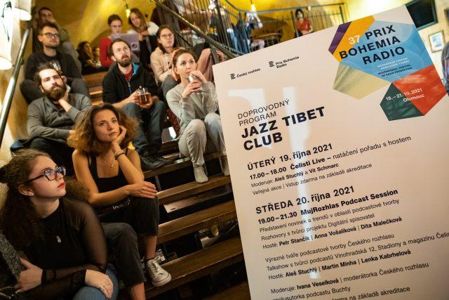 Letošní mujRozhlas Podcast Session se konal v olomouckém Jazz Tibet Clubu