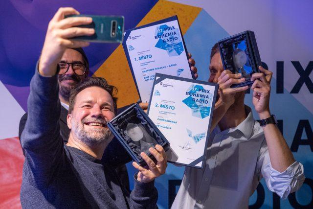 Vítězové kategorie Dokument se svými cenami